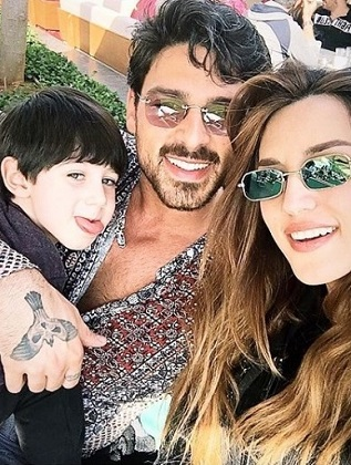 """Michele Morrone with his wife Rouba Saadeh and son Marcudo Morrone """"width ="""" 317 """"height ="""" 420 """"srcset ="""" https://www.Wiki bio.pk/wp-content/uploads/2020/04/Michele-Morrone- with -his-wife-Rouba-Saadeh-and-son.jpg 317w, https://www.Wiki bio.pk/wp-content/uploads/2020/04/Michele-Morrone-with-his-wife-Rouba-Saadeh -and-son-226x300.jpg 226w """"size ="""" (maximum width: 317px) 100vw, 317px"""