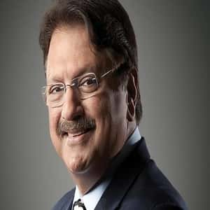 Anand Piramal family, biography, wife, older than