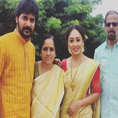 Srinish Aravind Family, biography, wife, movies, TV shows, wikis and more