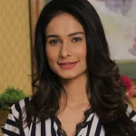 Aneri Vajani Biography, Wiki, Age, Net Worth, Career, BF, Husband, Family, & Much More