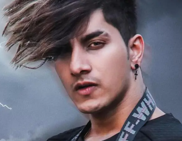 Ashish Bhatia Biography, Wiki, Age, GF, Wife, Family, & Much More