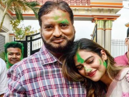 Nusrat Jahan with father